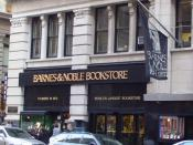 English: Barnes & Noble's flagship store at 105 Fifth Avenue in Manhattan, New York City