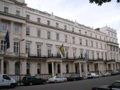 English: The Royal College of Psychiatrists, 17 Belgrave Square, London, England. (Building with yellow flag). Photographed by me 29 September 2006. Oosoom