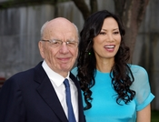 English: Rupert Murdoch and Wendi Murdoch at the Vanity Fair party celebrating the 10th anniversary of the Tribeca Film Festival.