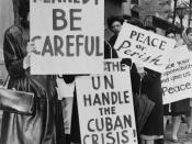 800 women strikers for peace on 47 St near the UN Bldg / World Telegram & Sun photo by Phil Stanziola. Group of women from holding placards relating to the Cuban missile crisis and to peace. Wikipedia abstract: