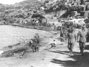 Anzac Cove after the landing in 1915. Imperial War Museum catalogue number Q 13603. Downloaded from http://www.gwpda.org/photos/bin01/imag0057.jpg