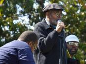 English: Amiri Baraka addressing the Malcom X Festival in San Antonio Park, Oakland, California