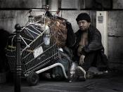 English: A homeless man in Paris Français : Un sans domicile fixe à Paris. Tiếng Việt: Một người đàn ông vô gia cư ở Paris Polski: Bezdomny mężczyzna w Paryżu See below for more translations.