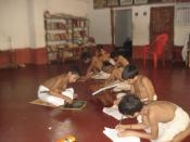 English: Students learning arithmetic. Location: Nachiyar Kovil, Kumbakonam, Tamilnadu. http://parampara.in