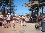 English: Surfer's Paradise during Schoolies week 2004.