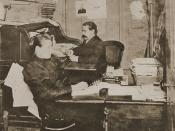 English: Samuel Gompers in the office of the American Federation of Labor, 1887. Photo published in American Federation of Labor: History, Encyclopedia, Reference Book. Published by the American Federation of Labor, 1919. Published in USA prior to 1923, p