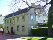 English: This is my 2008 photo of Tom Robinson/Louis-Marie, vicomte de Noailles House in Newport, RI.