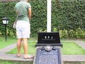 English: A memorial in Paco Park (formerly Paco Cemetery) where Jose Rizal was first buried after his execution in Luneta.