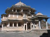 English: Vedi Temple, Kumbhalgarh Fort, Rajasthan, India Français : Temple Vedi, Fort de Kumbhalgarh, Rajasthan, Inde