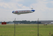 English: Airship with Farmers Insurance Group logo operated by Airship Ventures at Willow Run Airport, Ypsilanti, Michigan