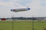 English: Airship with Farmers Insurance Group logo operated by Airship Ventures at Willow Run Airport, Ypsilanti, Michigan