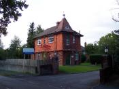 English: Ridgewood Centre. The picture shows the lodge of the Ridgewood Centre, a unit run by the Surrey and Borders Partnership NHS Trust, a specialist NHS Trust providing the mental health, including drug and alcohol services, child and adolescent menta