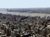 Skyline panorama of New York City from Empire State Building. New Jersey can be seen on the right, and Brooklyn to the left. (For best results it is recommended that you download the high-resolution version of this picture).