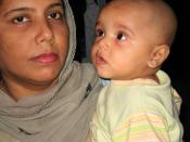 English: mothers day photo, Pakistani mother and her child