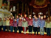 English: BANGKOK. Participants in the APEC summit posing for pictures. Русский: БАНГКОК. Церемония фотографирования участников саммита организации Азиатско-Тихоокеанского экономического сотрудничества.