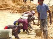 English: Alluvial diamond miners in Kono District, Sierra Leone.