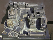 English: Maquette of Saint Mary's Cathedral and surrounding buildings for the visually impaired, Valencia, Spain Français : Maquette de la Cathédrale Sainte Marie et des bâtiments qui l'entourent prévue pour les non-voyants. Valence, Espagne.