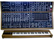 Italiano: Sintetizzatore Moog Modular 55