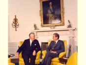 English: President Richard M. Nixon and Australian Prime Minister Edward Gough Whitlam meet in the Oval Office