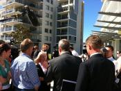 Barry O'Farrell taking to business owners at Honeysuckle during the 2011 NSW state election campaign.