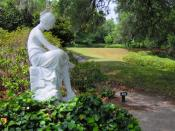 English: Statue amidst the north gardens at Middleton Place, near Charleston, South Carolina, USA.