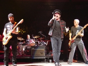 U2 on Vertigo Tour concert 21 Novemeber 2005, Madison Square Gardens, New York