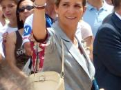 Infanta Elena, Duchess of Lugo, Grandee of Spain (Elena María Isabel Dominica de Silos de Borbón y de Grecia; born 20 December 1963) Français : Son Altesse royale l'Infante Doña Elena, fille aînée du Roi d'espagne Don Juan Carlos I et de la Reine Doña Sof