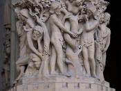 English: The story of the Eden Garden. The temptation of Adam & Eve by the devil. Pedestal of the statue of Madonna with Child, western portal (of the Virgin), of Notre-Dame de Paris, France Français : L'histoire du Jardin d'Eden. Au premier plan la tenta