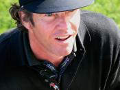 Quaid golfing in 2006.