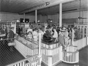 English: The original Piggly Wiggly Store, Memphis, Tennessee. The first self service grocery store, opened 1916. Français : Le premier supermarché Piggly Wiggly ouvert en 1916 à Memphis, Tennessee