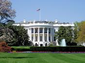 English: South façade of the White House, the executive mansion of the President of the United States, located at 1600 Pennsylvania Avenue in Washington, D.C. Español: Fachada sur de la Casa Blanca, la residencia oficial del Presidente de los Estados Unid