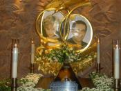 Harrods memorial to Dodi Al-Fayed and Princess Diana.