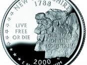 The reverse of the state quarter of New Hampshire features the Old Man of the Mountain, alongside the state motto 'Live Free or Die'.