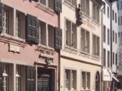 """Deutsch: Beethovens Geburtshaus in der Bonngasse – daneben das Haus """"Im Mohren"""" (heute ist dort der Shop des Beethoven-Haus und das Digitale Archiv untergebracht)"""