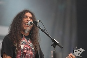 English: Tom Araya of Slayer on stage at Sonisphere Knebworth, August 2010