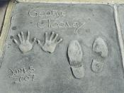 English: George Clooney's hand and footprints at Grauman's Chinese Theatre in Hollywood, Los Angeles, California.