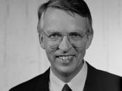 Nederlands: John Bernard, Nederlands weerman en presentator; Opname uit de beeldengeluidwiki.nl John Bernard in 1989. Collectie RTL. Archief Beeld en Geluid. Catalogusnummer 89833, fotonummer 39