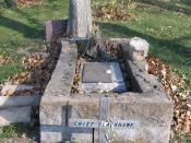 English: Chief Black Hawk grave site at Iowaville Cemetery