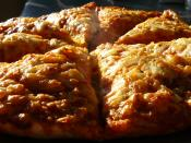 English: PHOTO OF CHEESE AND TOMATO PIZZA