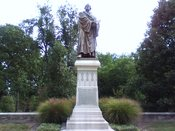 English: Luther Statue at Concordia Seminary (Tim Seidenstricker photo)