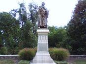 English: Luther Statue at Concordia Seminary (Tim Seidenstricker photo)