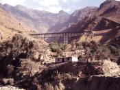 English: One of the steel bridges on the Central Railroad. Location near Matucana, Perú.
