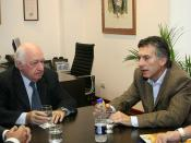 10.06.18  Macri visita la escuela técnica ORT