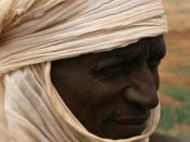English: Tuareg/peasant near Tahoua, Niger, Africa.