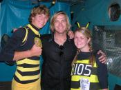 English: jack ingram at Marcus Amphitheatre in Milwaukee, WI with fans.