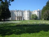 English: Farmleigh, Castleknock Farmleigh house and estate http://www.farmleigh.ie/ were purchased from the Guinness family by the Irish Government in 1999. The house provides premier accommodation for visiting dignitaries and guests of the nation Origina