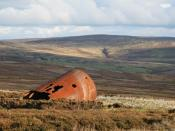 English: I was abducted by aliens A rusty, decaying old boiler or tank at Hope Head.