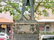 A statue of James Cook stands in Waimea, Kauai commemorating his first contact with the Hawaiian Islands at the town's harbour on January 1778