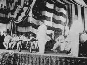 English: William Howard Taft, with Governor-General James E. Smith, Addressing the audience while reading a proclamation from president Theodore Roosevelt establishing the Philippine Assembly.