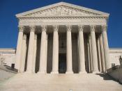 English: The Supreme Court of the United States. Washington, D.C. Français : La Cour suprême des États-Unis. Washington D.C., États-Unis. Norsk (bokmål): Høyesterett i USA. Washington, D.C.